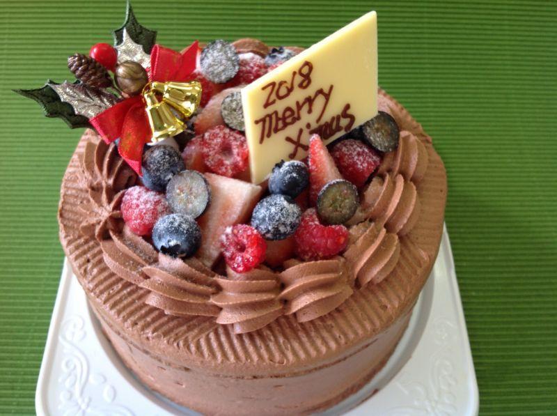 画像1: 糖質制限ベリーたっぷりショコラクリスマスケーキ5号(15cm)(12月20日に発送します)。